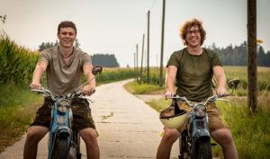 julian-thomas-mopeds